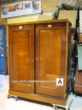 Vign_Armoire_The_Grant_Museum_Zoology_4