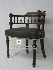 Vign_fauteuil_de_bureau_cuir_vert_cloute