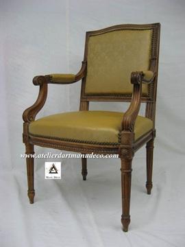 Vign_fauteuil_de_style_Loouis_XVI_avant_restauration