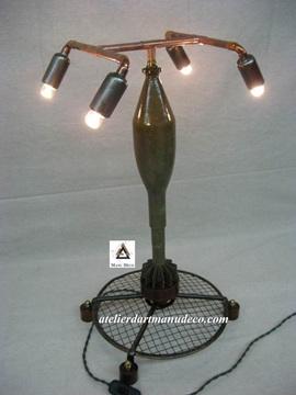 Vign_rocket_entrainement_militaire_lampe_vintage