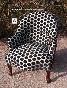 Vign_tapisserie-fauteuil_crapaud